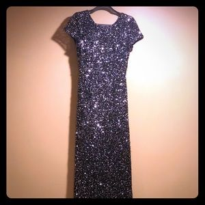 Adrianna Papell Black sequins dress. Size 8
